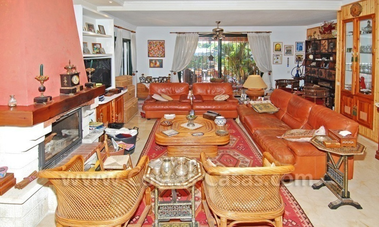 Beachside townhouse close to the beach for sale in Marbella 6