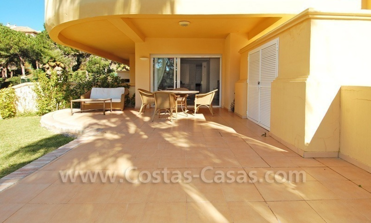 Front line golf apartment for sale in East Marbella 4
