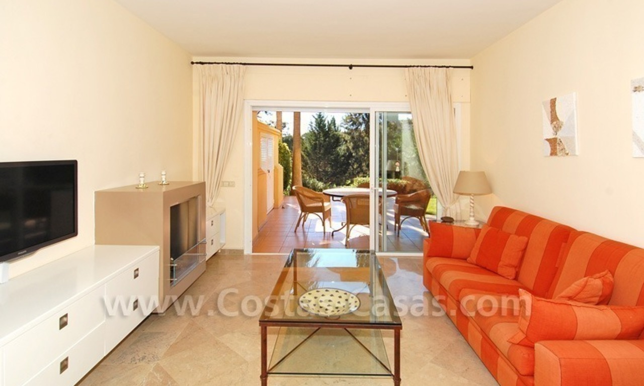 Front line golf apartment for sale in East Marbella 8