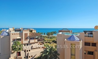 Luxury beachside penthouse apartment for sale, New Golden Mile, Marbella - Estepona 3