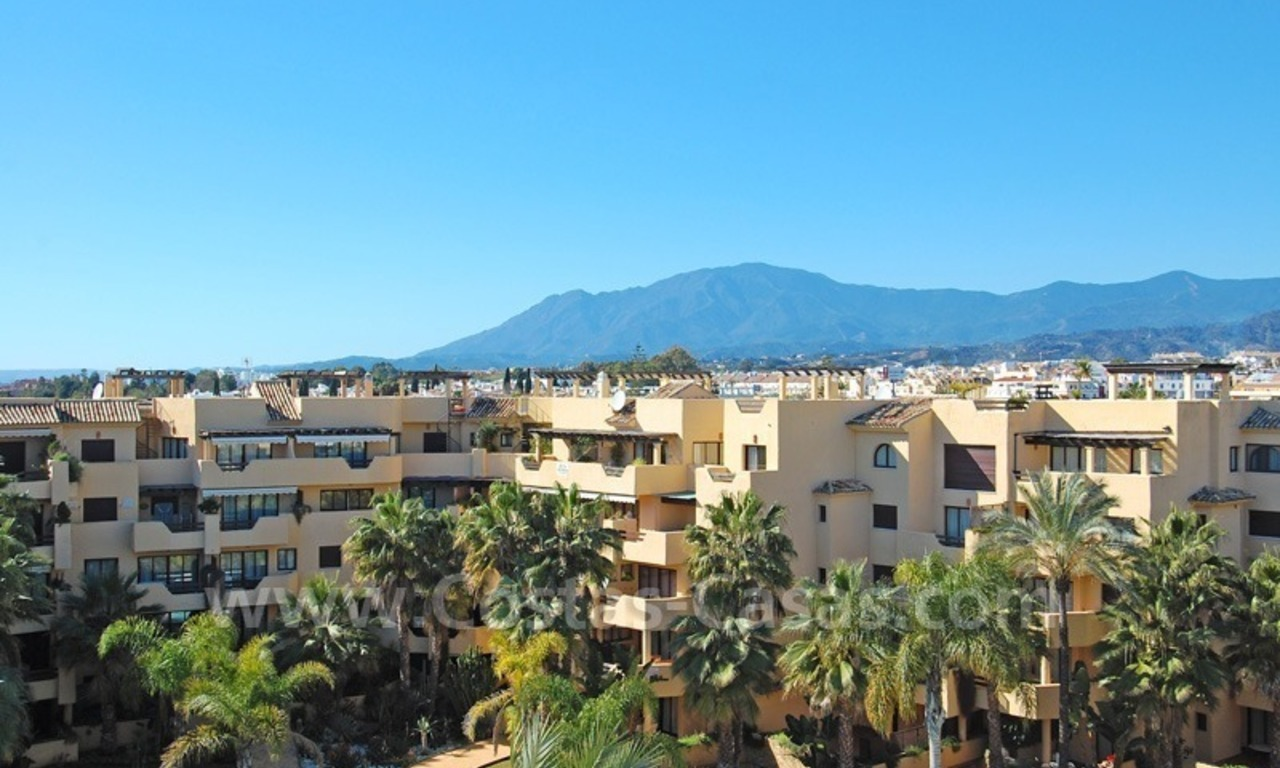 Luxury beachside penthouse apartment for sale, New Golden Mile, Marbella - Estepona 5