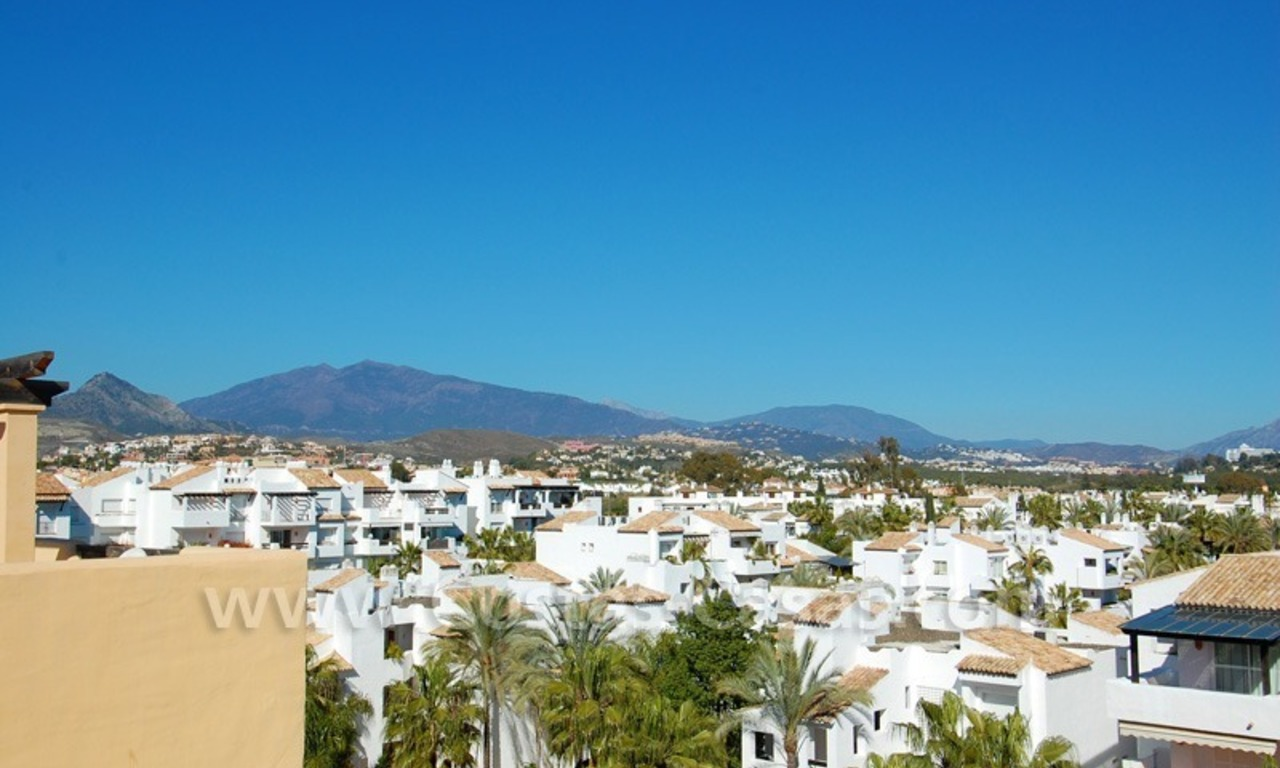 Luxury beachside penthouse apartment for sale, New Golden Mile, Marbella - Estepona 7