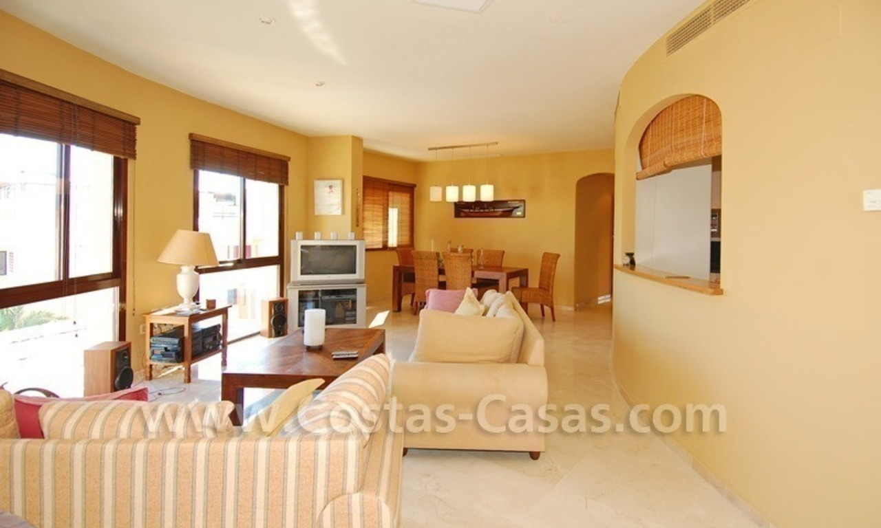 Luxury beachside penthouse apartment for sale, New Golden Mile, Marbella - Estepona 14