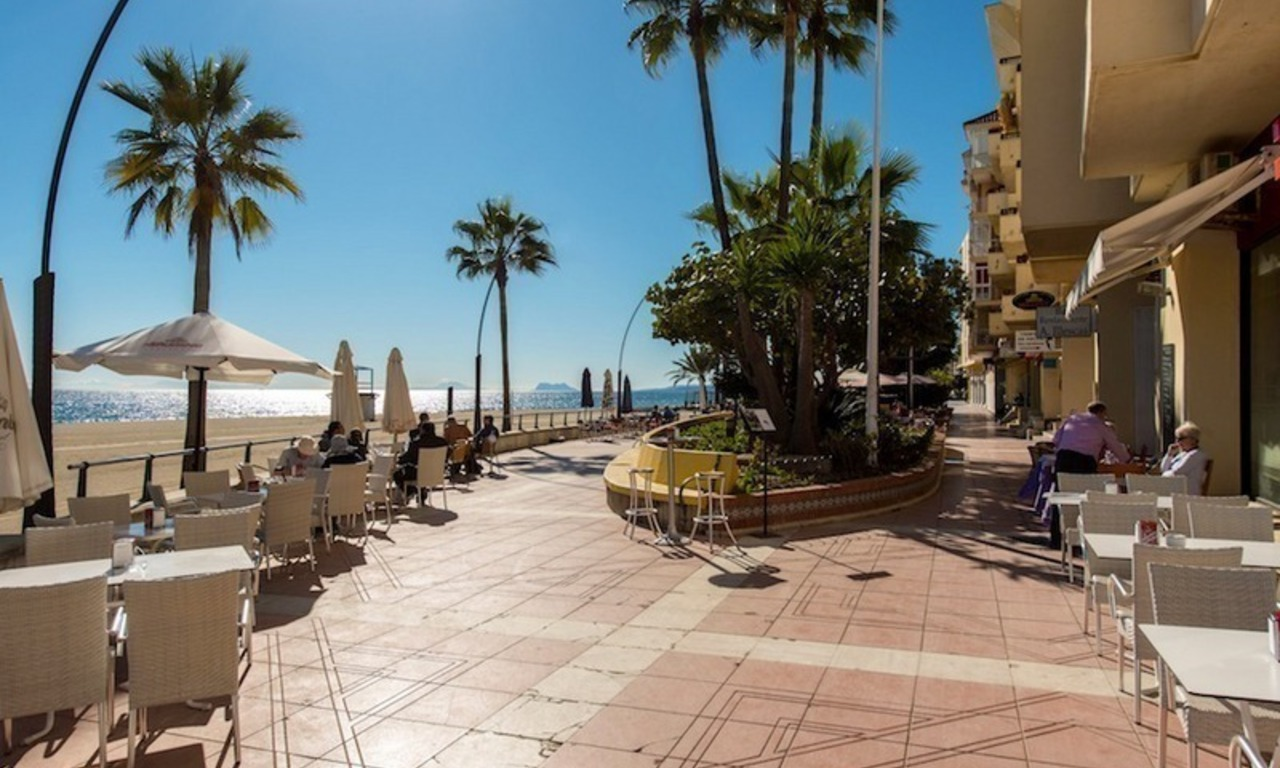 Penthouse apartments for sale next to each other, beachfront in Estepona centre 15