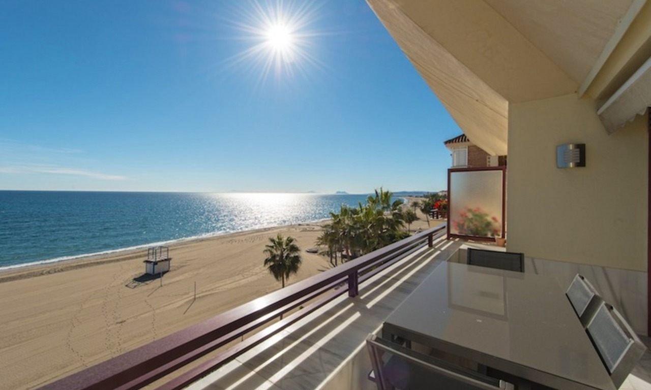 Penthouse apartments for sale next to each other, beachfront in Estepona centre 11