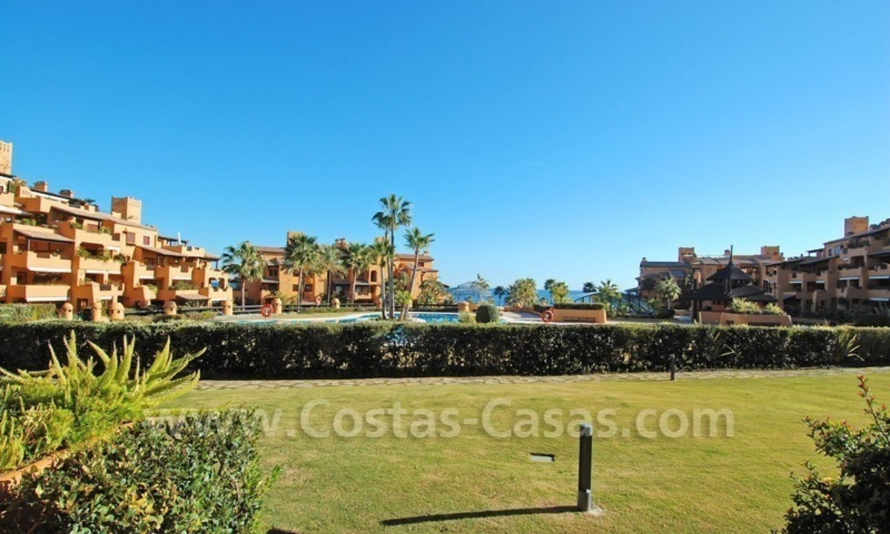 Luxury frontline beach apartment for sale, first line beach complex, New Golden Mile, Marbella - Estepona 0