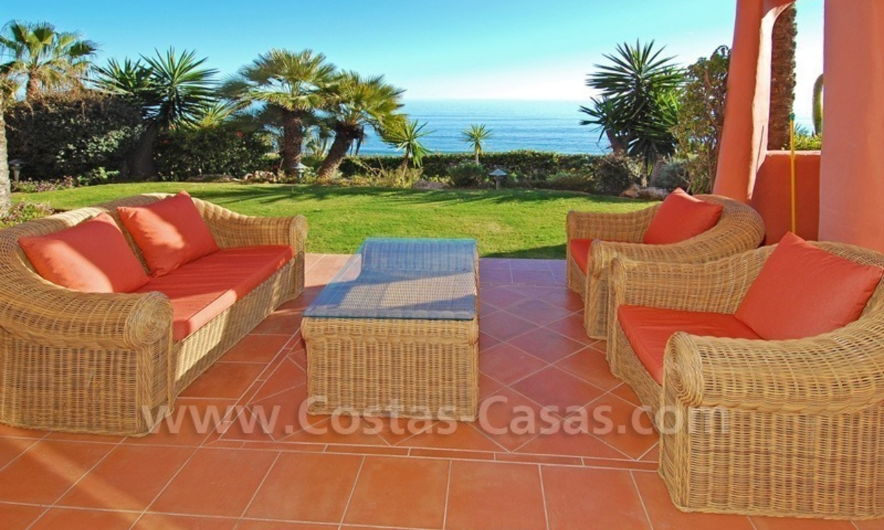 Luxury front line beach apartment for sale, first line beach complex, New Golden Mile, Marbella - Estepona 0