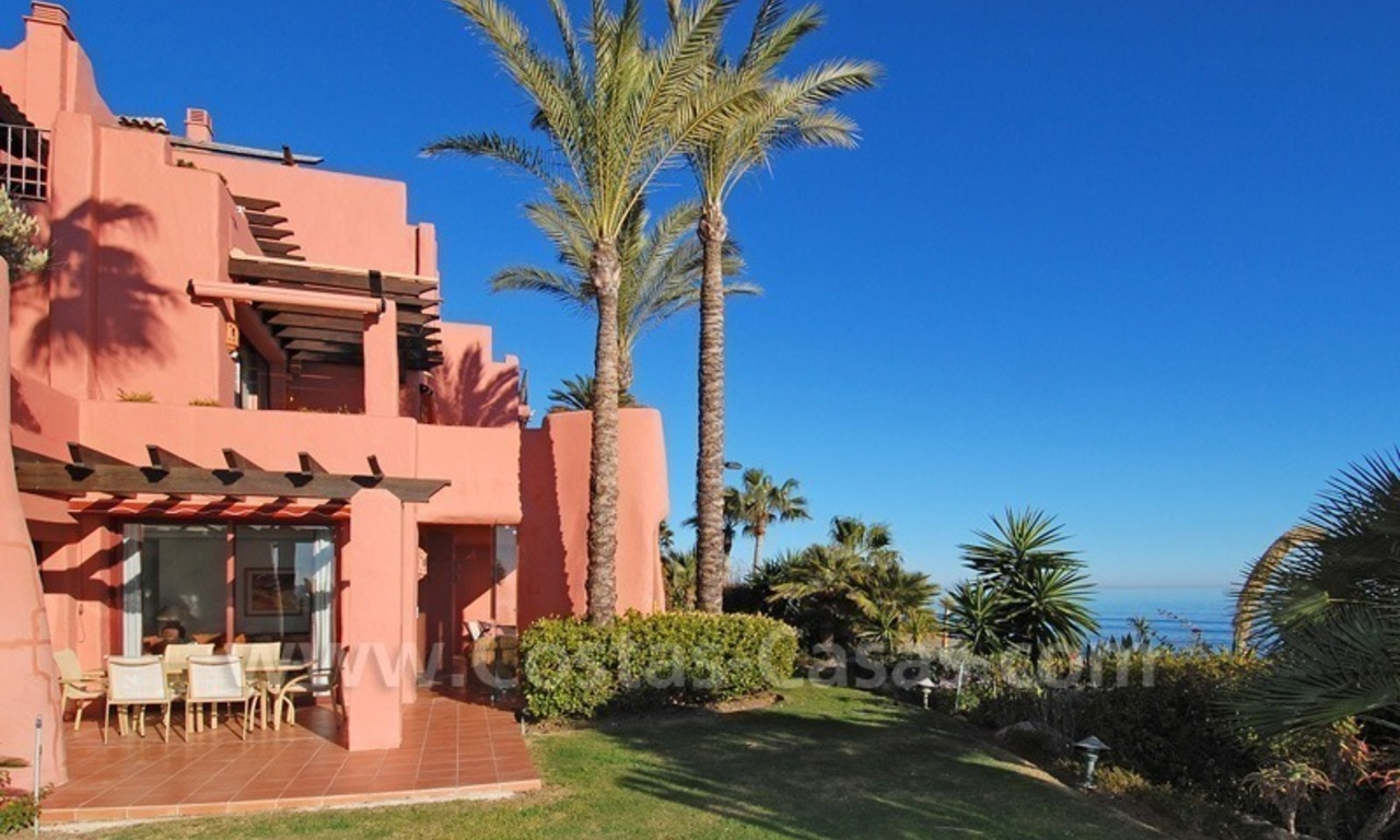 Luxury front line beach apartment for sale, first line beach complex, New Golden Mile, Marbella - Estepona 4