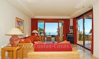 Luxury front line beach apartment for sale, first line beach complex, New Golden Mile, Marbella - Estepona 8