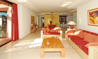 Luxury front line beach apartment for sale, first line beach complex, New Golden Mile, Marbella - Estepona 9