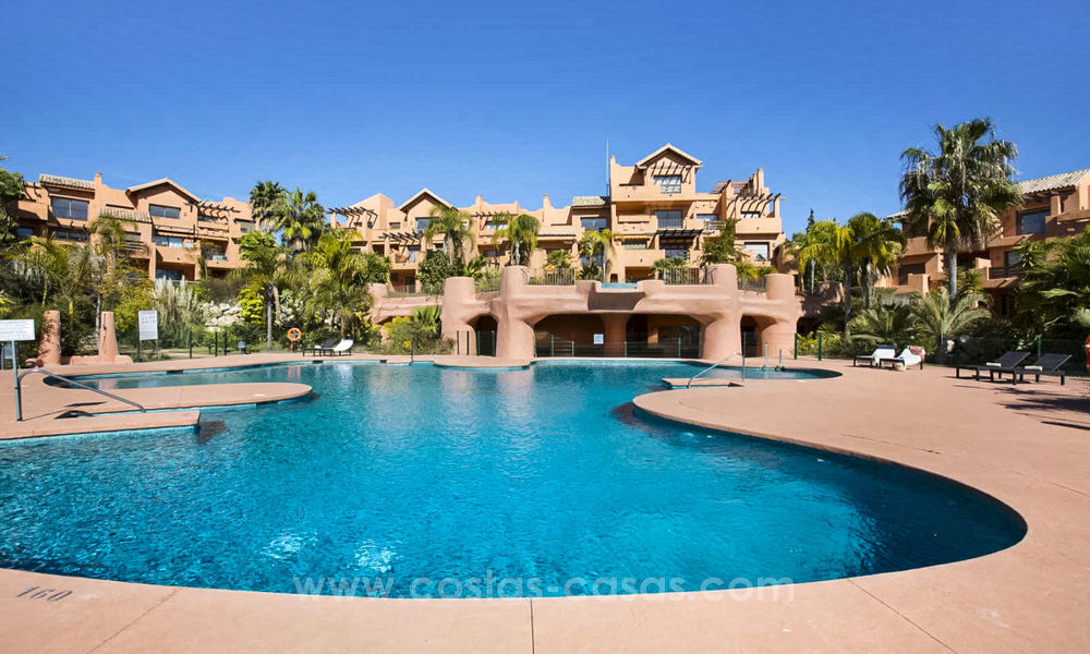 Cheap apartments for sale on the New Golden Mile, Marbella - Estepona 20159