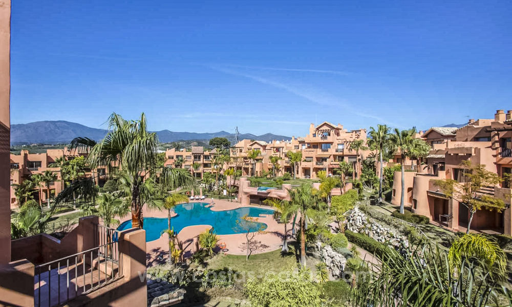 Cheap apartments for sale on the New Golden Mile, Marbella - Estepona 20160