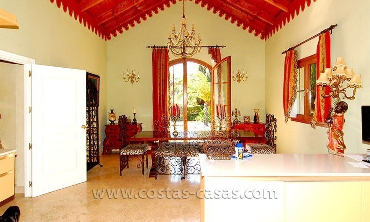 Distressed Sale! Andalusian Styled Villa for Sale in Estepona – Marbella 15
