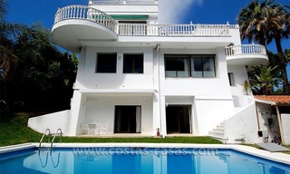 Second line golf villa for sale in Nueva Andalucia - Marbella 2
