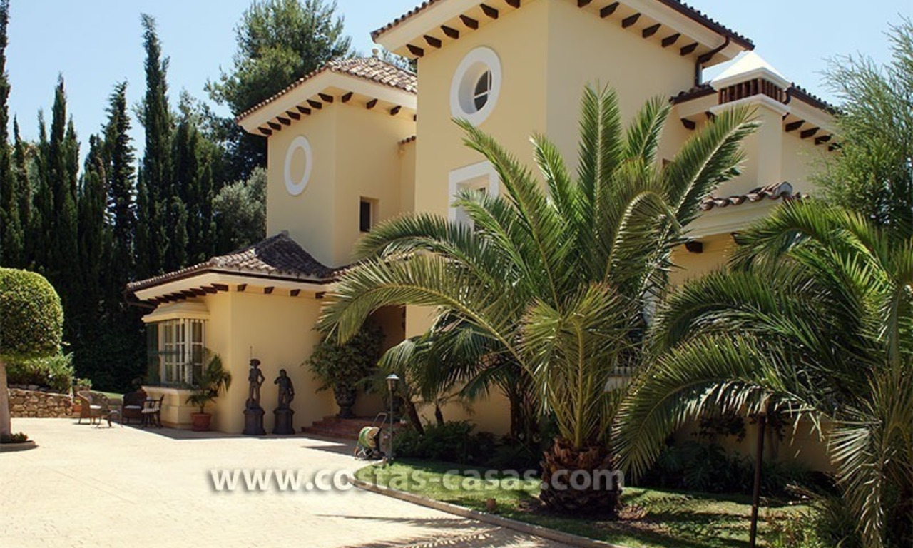 Andalusian villa for sale on the Golden Mile in Marbella 2