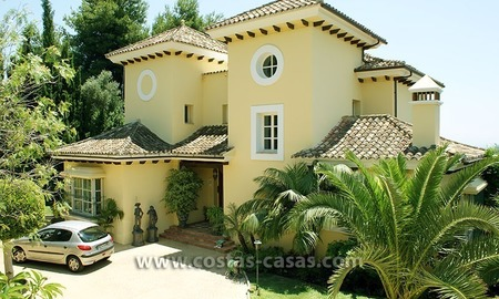 Andalusian villa for sale on the Golden Mile in Marbella 3