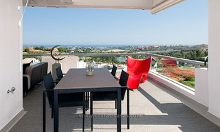 For Rent: New, Contemporary-style luxury vacation penthouse in Marbella-Benahavís, Costa del Sol 8