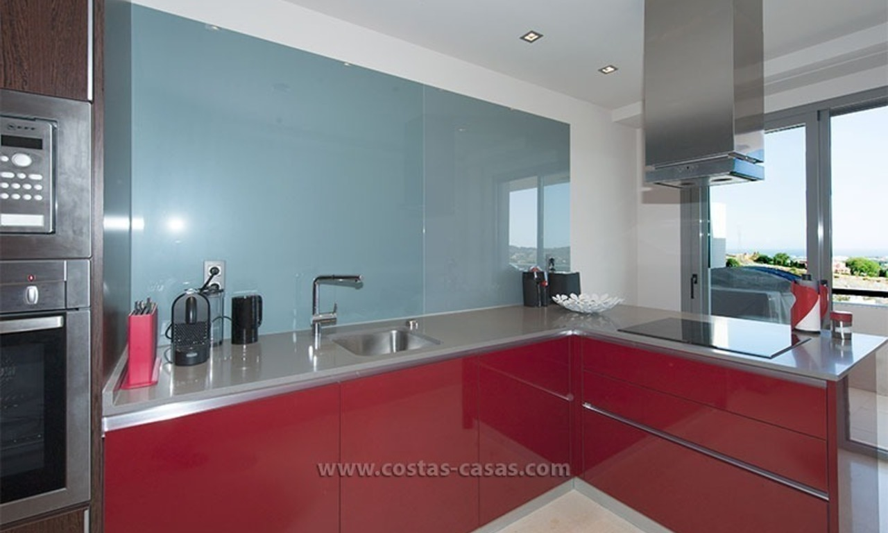 For Rent: New, Contemporary-style luxury vacation penthouse in Marbella-Benahavís, Costa del Sol 15