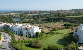 For Rent: New, Contemporary-style luxury vacation penthouse in Marbella-Benahavís, Costa del Sol 3