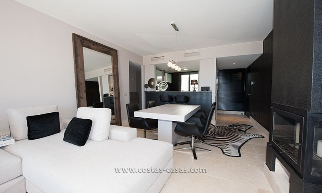 New Contemporary-style Luxury Vacation Apartment For Rent at Marbella-Benahavís Golf Resort on the Costa del Sol 7