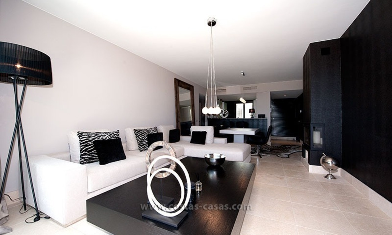 New Contemporary-style Luxury Vacation Apartment For Rent at Marbella-Benahavís Golf Resort on the Costa del Sol 6