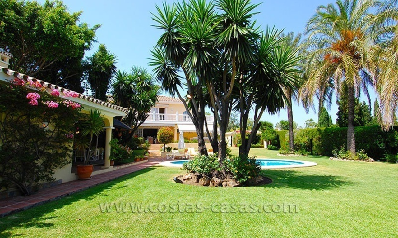Golf villa to buy near San Pedro in Marbella 2