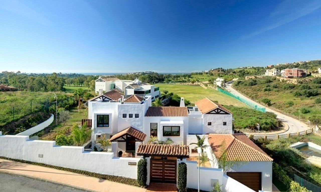 Second line golf contemporary luxury villa for sale in Marbella – Benahavis 2