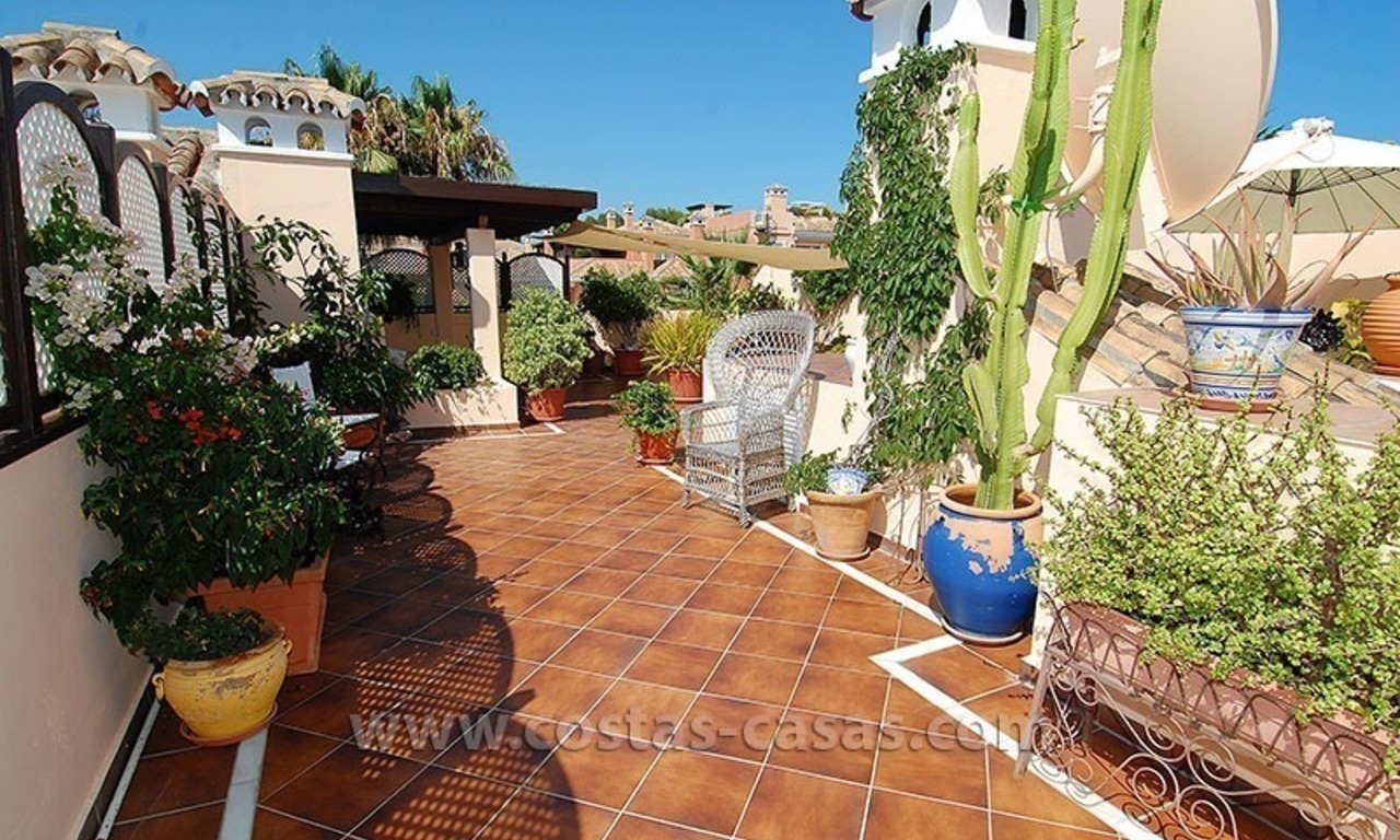 Bargain beachside penthouse apartment for sale, New Golden Mile, Marbella - Estepona 4
