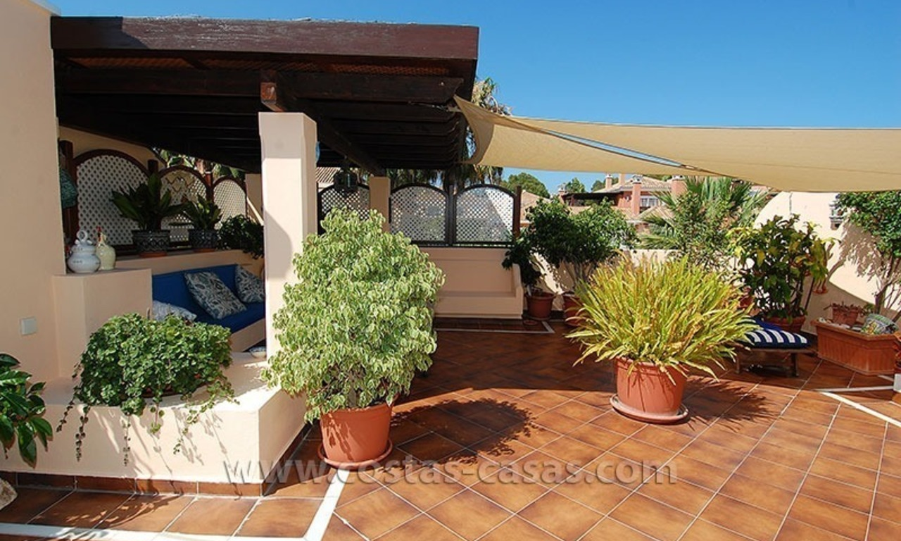 Bargain beachside penthouse apartment for sale, New Golden Mile, Marbella - Estepona 5
