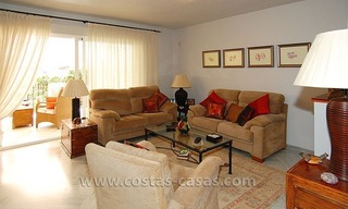 Townhouse for sale in beachfront complex in Estepona 10