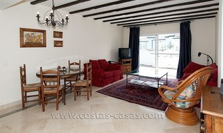 Seaside apartment for sale in a complex in Marbella West 2
