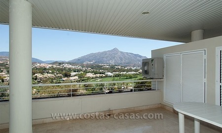 Modern apartment for sale in Nueva Andalucía – Marbella