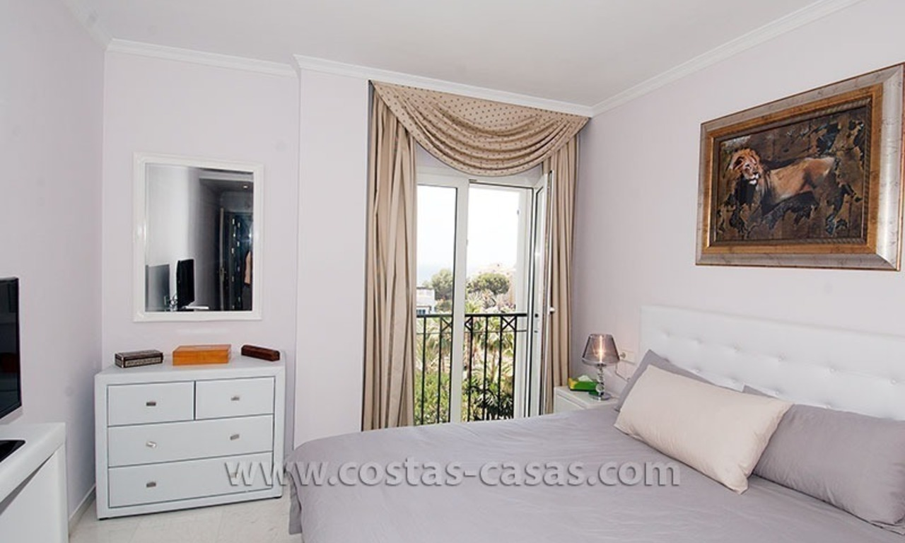Beachside apartment for sale in Puerto Banus – Marbella 8