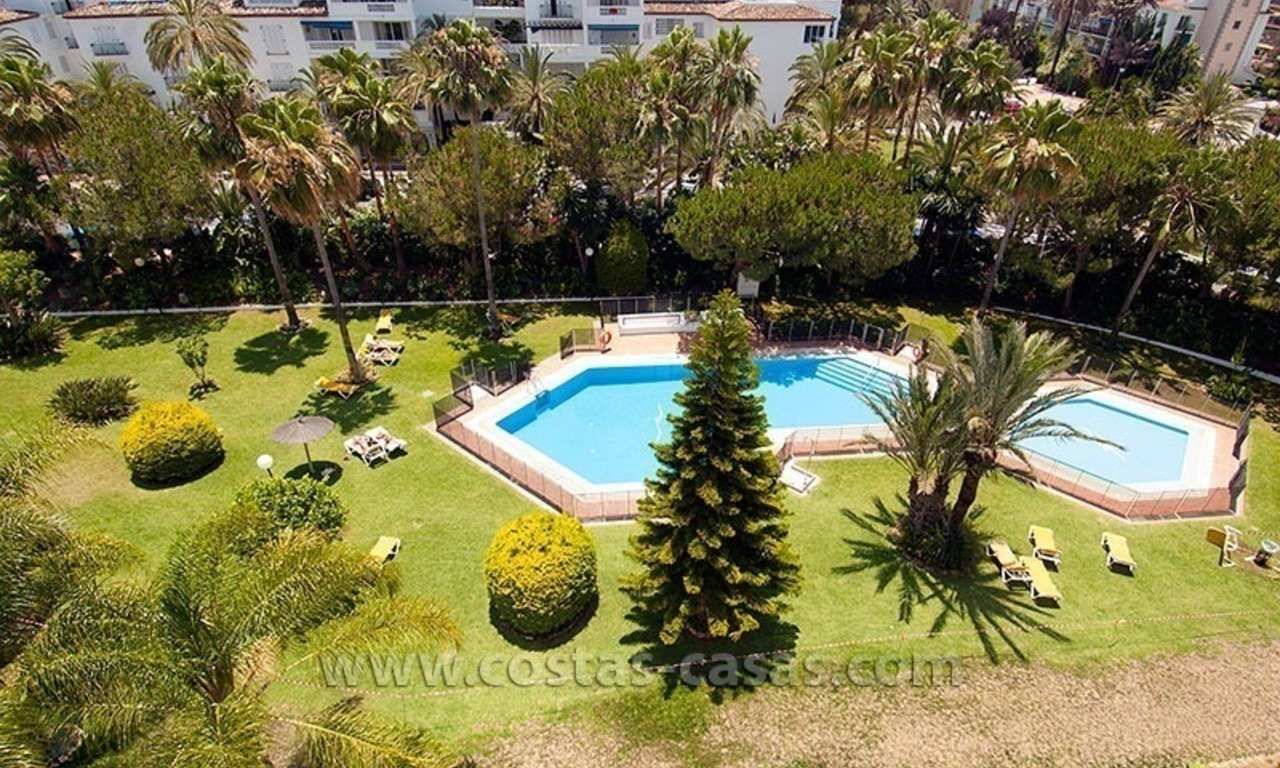 Beachside apartment for sale in Puerto Banus – Marbella 11