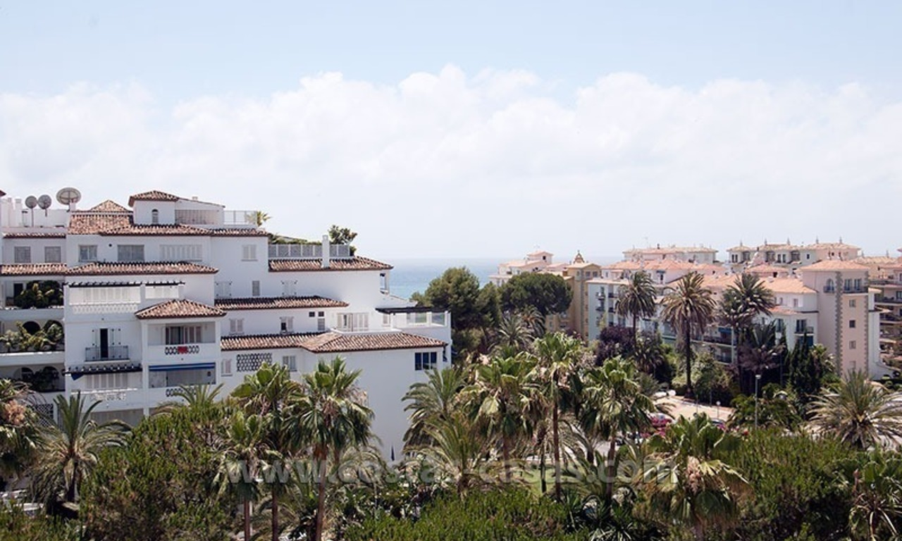 Beachside apartment for sale in Puerto Banus – Marbella 12