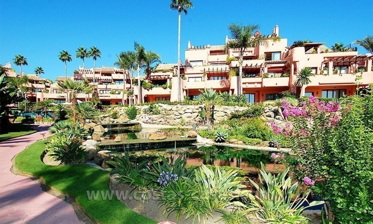 For holiday rent: Luxury frontline beach apartment, first line beach complex, New Golden Mile, Marbella - Estepona, Costa del Sol 21