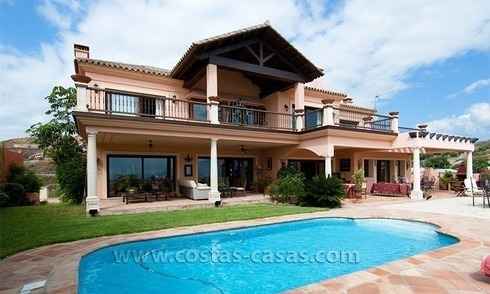 Andalusian styled golf villa for sale in Marbella – Benahavis