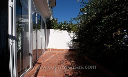 Mere Steps from the Beach. For sale: Apartment just west of Puerto Banús, Marbella 2