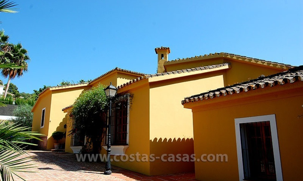 Andalusian Style Golf Villa for Sale in Estepona – Marbella 9