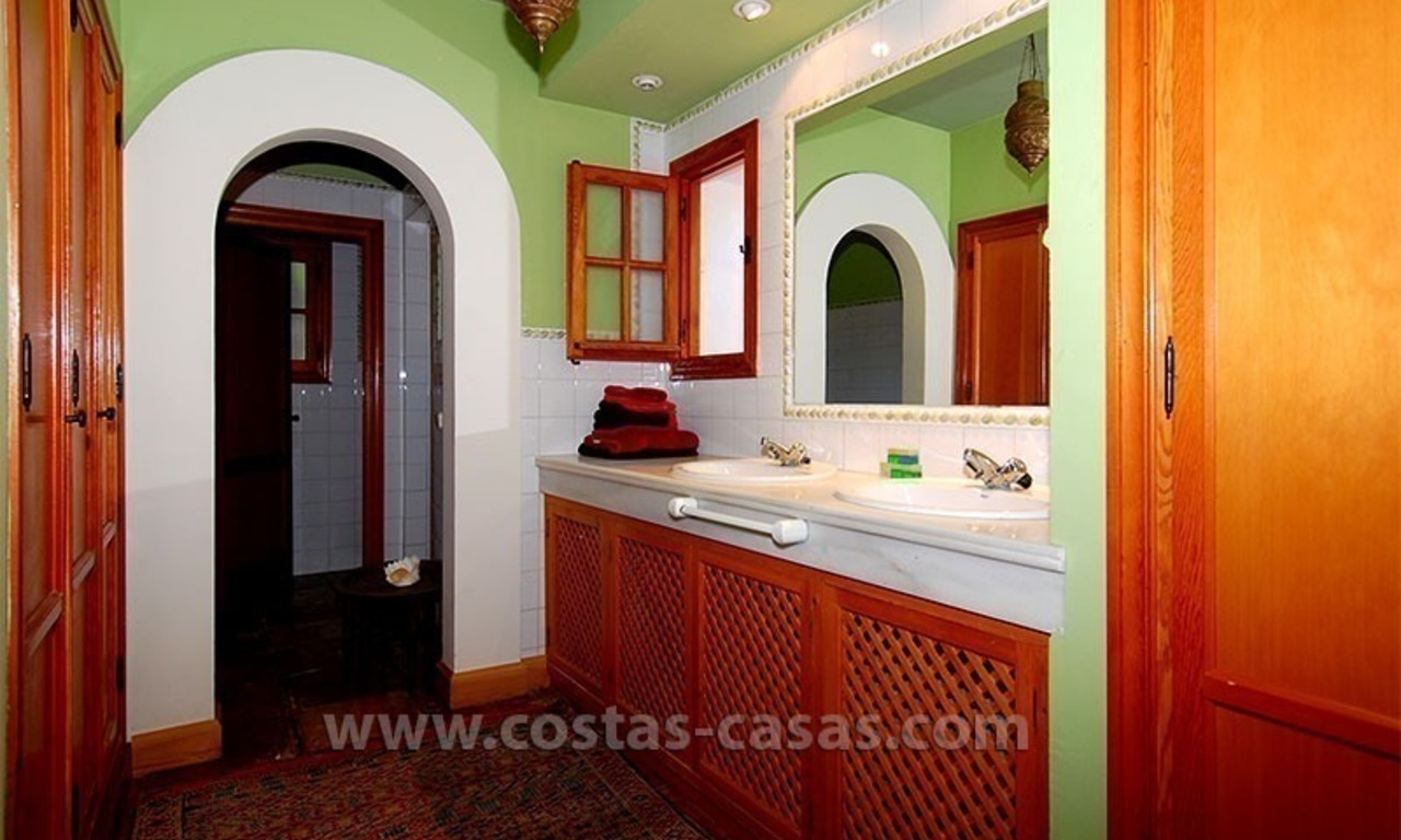 Andalusian Style Golf Villa for Sale in Estepona – Marbella 27