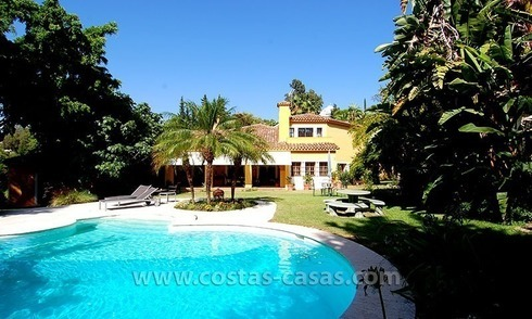 Andalusian Style Golf Villa for Sale in Estepona – Marbella