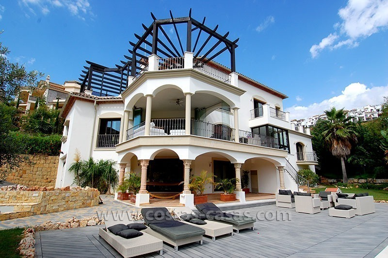 Exclusive Andalusian Style Villa for Sale in the Area of Marbella - Benahavis 1
