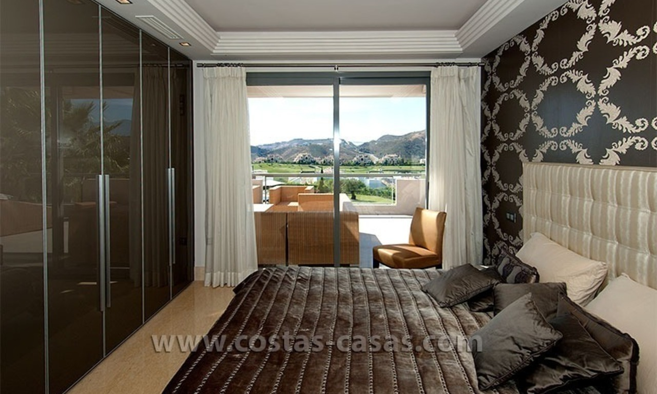 Contemporary, Luxury Golf Apartment for sale in Marbella - Benahavis 9
