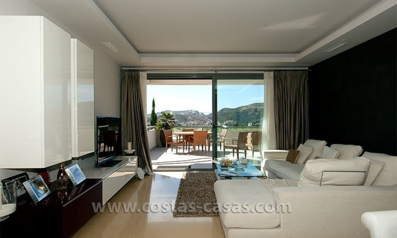 Contemporary, Luxury Golf Apartment for sale in Marbella - Benahavis 6