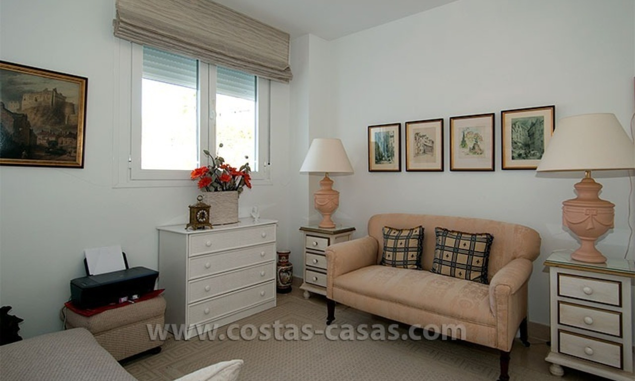 For Sale in the Marbella – Benahavís: First-Line Golf Apartment 10