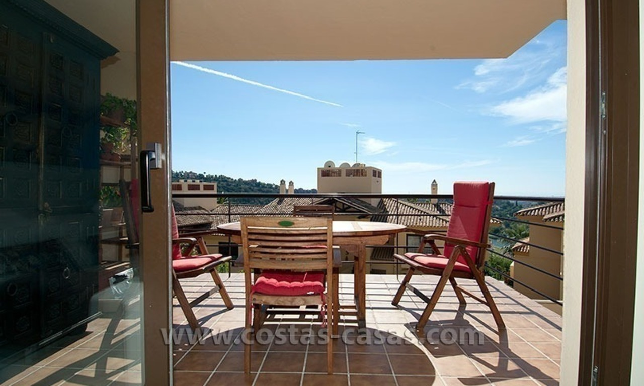 For Sale in the Marbella – Benahavís Area: Golf Apartment 6