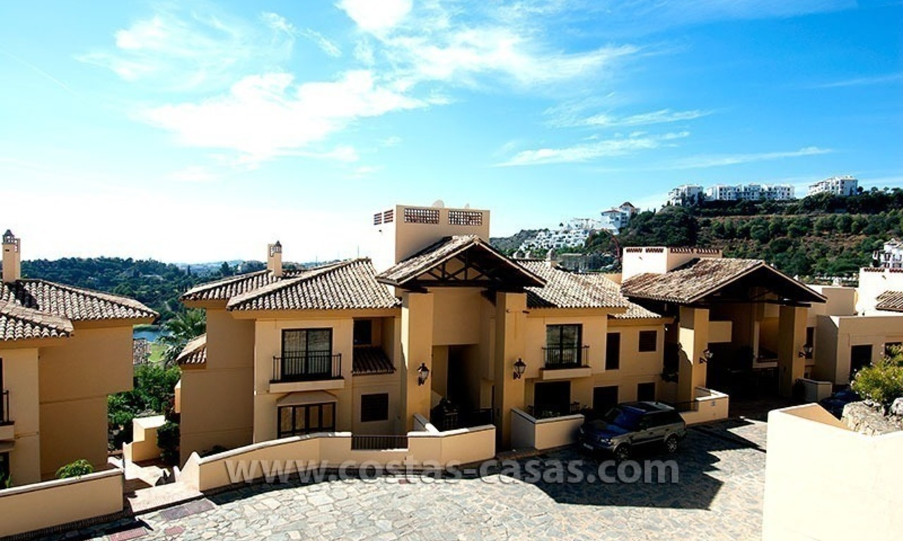 For Sale in the Marbella – Benahavís Area: Golf Apartment 23