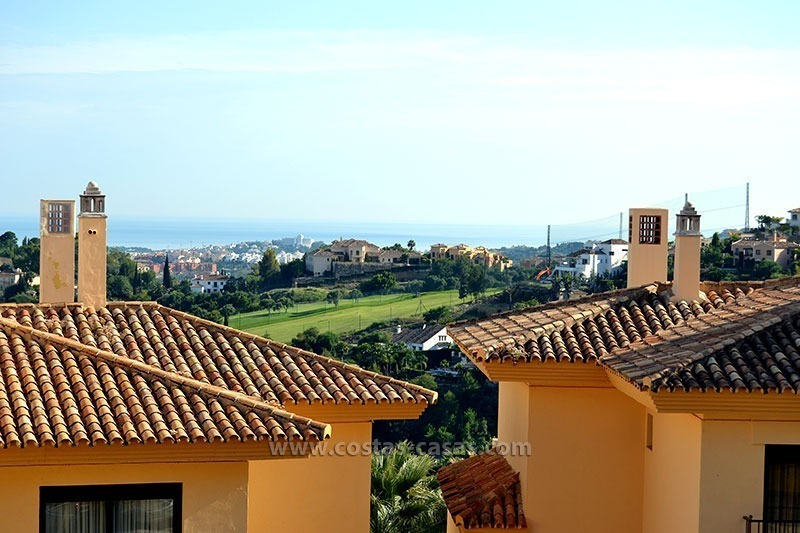 For Sale in the Marbella – Benahavís Area: Golf Apartment 0