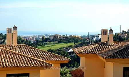 For Sale in the Marbella – Benahavís Area: Golf Apartment