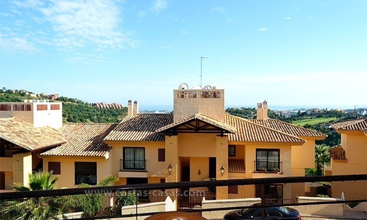 For Sale in Marbella – Benahavís: Double apartment on the golf course 6